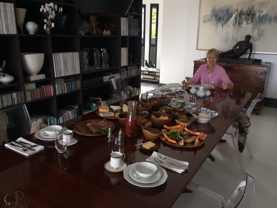 Die Queen beim Frühstück